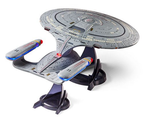 116f_star_trek_tng_enterprise_d_ship